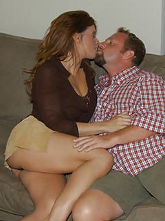 MILF Kissing Pics